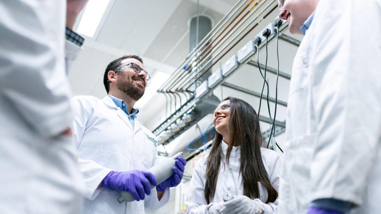 Magyar tudós lányok új anyagot hoztak létre