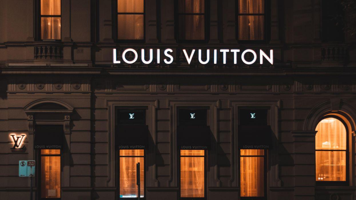Futurisztikus divatbemutatót tartottak a Louis Vuittonnál