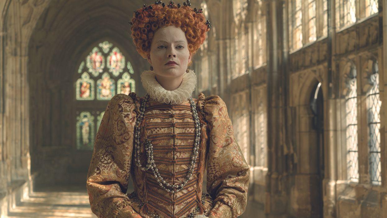 margot robbie I. Erzsébet királynőként a Két királynő című filmben