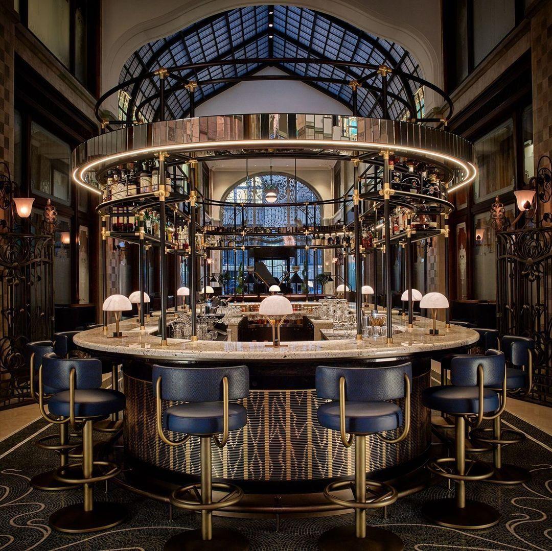 A Four Seasons Múzsa nevű bárja