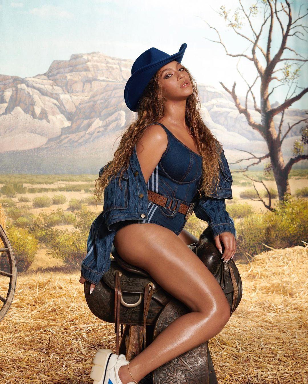 Beyoncé Ivy Park nevű márkája az Adidasszal közös új kollekciója egy darabjában