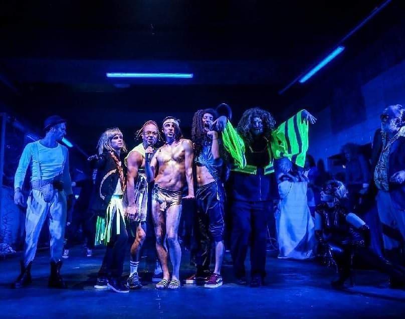 A Kertész utcai Shaxpeare-mosó című darab az Örkény Színházban