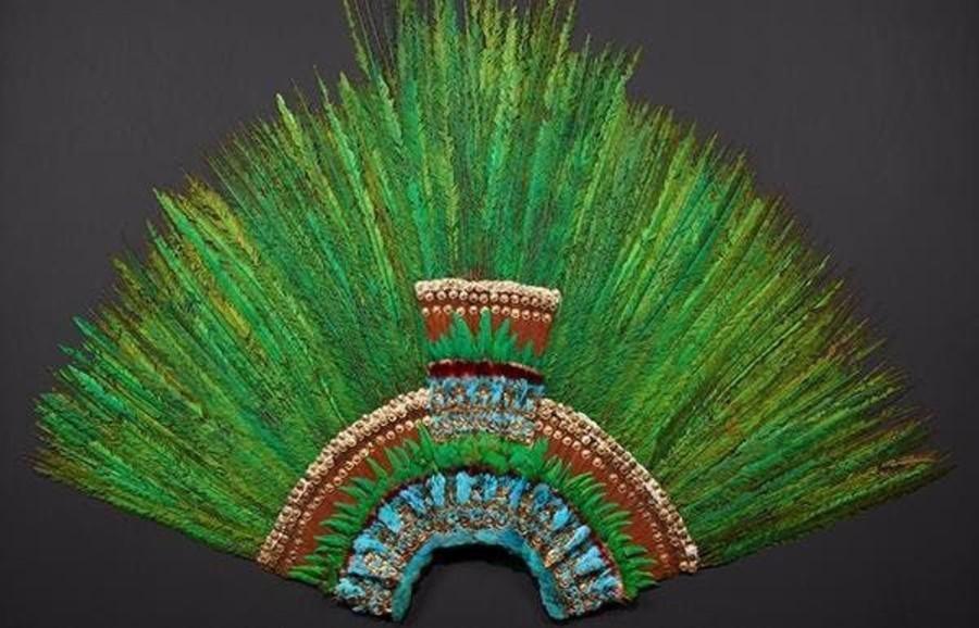 Moctezuma uralkodó tollkoronája