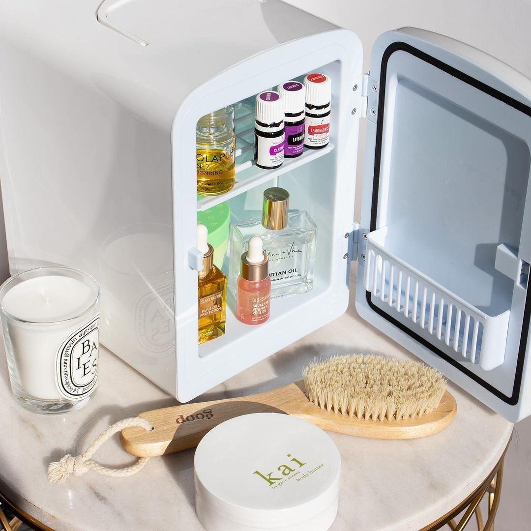 Mini hűtő a szépségápolási termékeknek