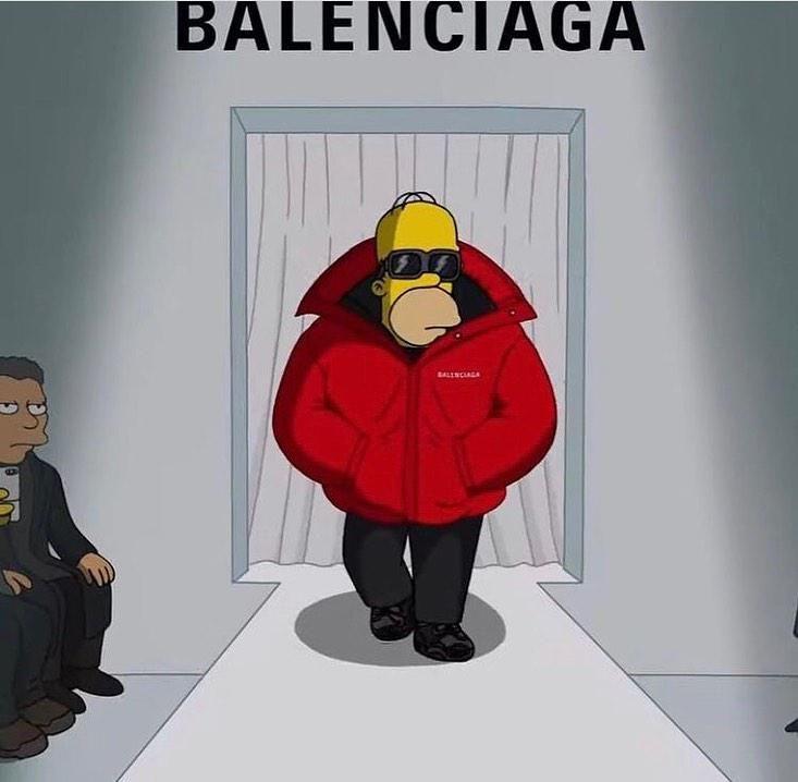 Homer Simpson a Balenciaga divatbemutatóján vonul a kifutón